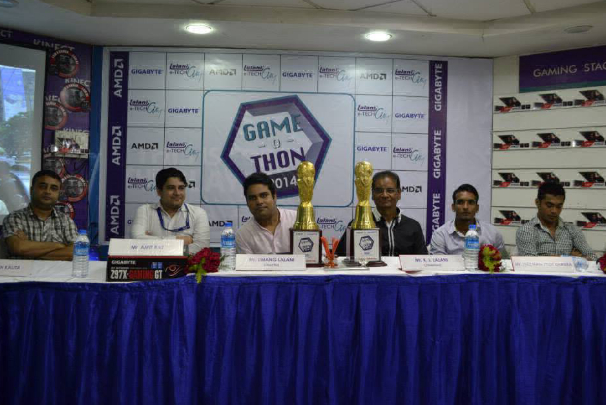 Press Conference conducted by Mr. K.L.Lalani (Chairman) & Mr.Umang Lalani (Director) with our Guests of Honor at Game-O-Thon, 2014